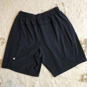 LULULEMON Shorts Large Run Response Liner Black